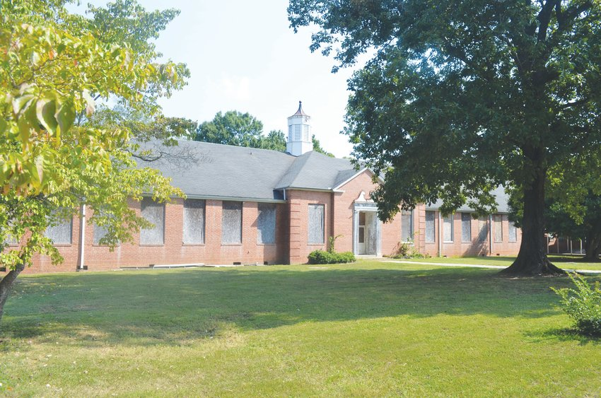 The Old Helena School could be set to become a mixed-use retail and multifamily rental, according to a report conducted by UNC graduate students on the site.
