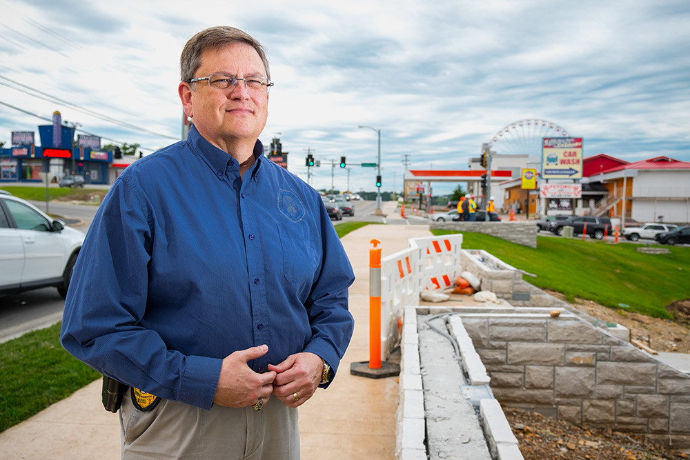Stan Dobbins is officially making the switch to city administrator from Police chief as Branson works on the stalled Highway 76 revitalization project.