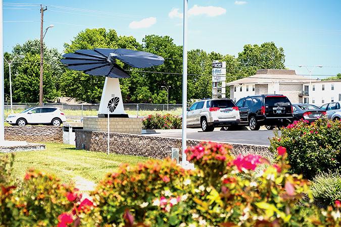 OakStar Bank installs solar SmartFlower | Springfield