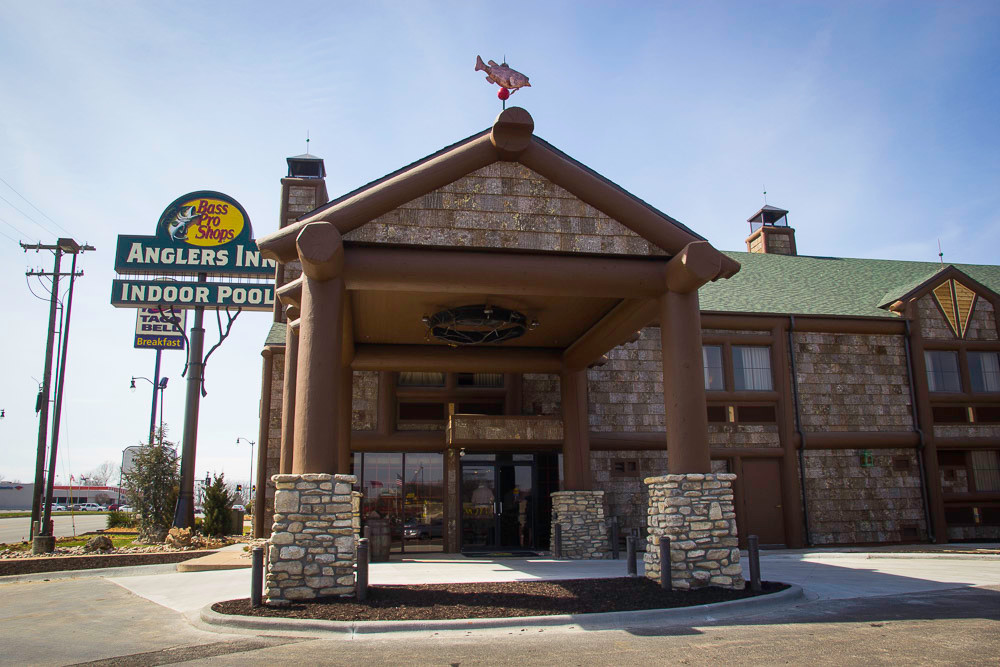 Bass Pro Shops and Big Cedar Lodge owner Johnny Morris converted the Days Inn at 621 W. Sunshine St. to Angler's Inn. It opened March 8 across the street from Morris' Wonders of Wildlife National Museum and Aquarium at Campbell Avenue and Sunshine Street. Officials held an open house March 15.