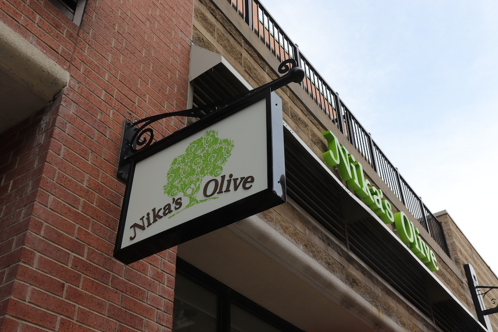 The operators of Nika's Olive plan to host an Aug. 9 grand opening at Branson Landing.