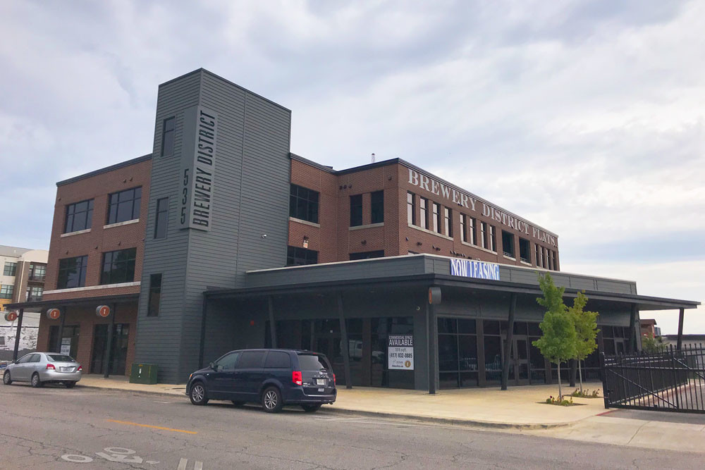 Address: 535 W. Walnut