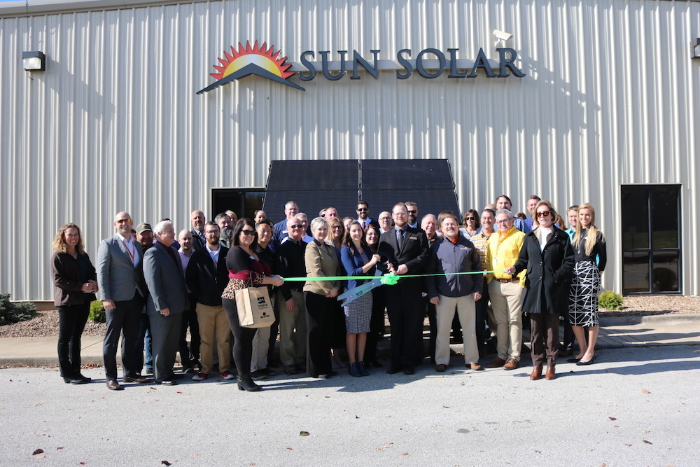 Sun Solar and Springfield Area Chamber of Commerce officials host a ribbon-cutting ceremony.