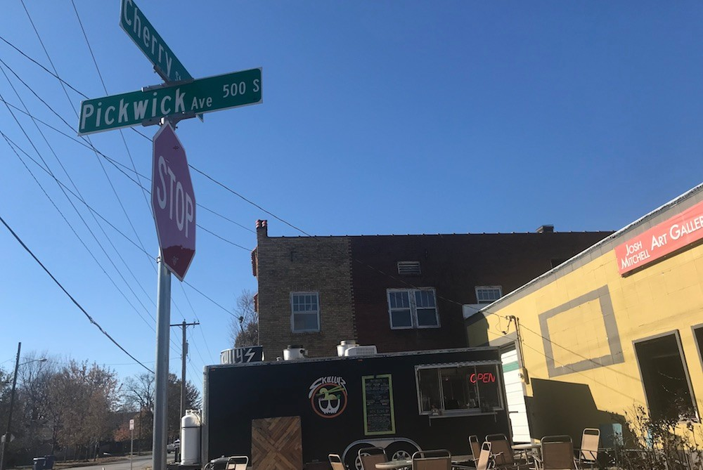 Skully's Food Truck plans to move inside the Josh Mitchell Fine Art Gallery.