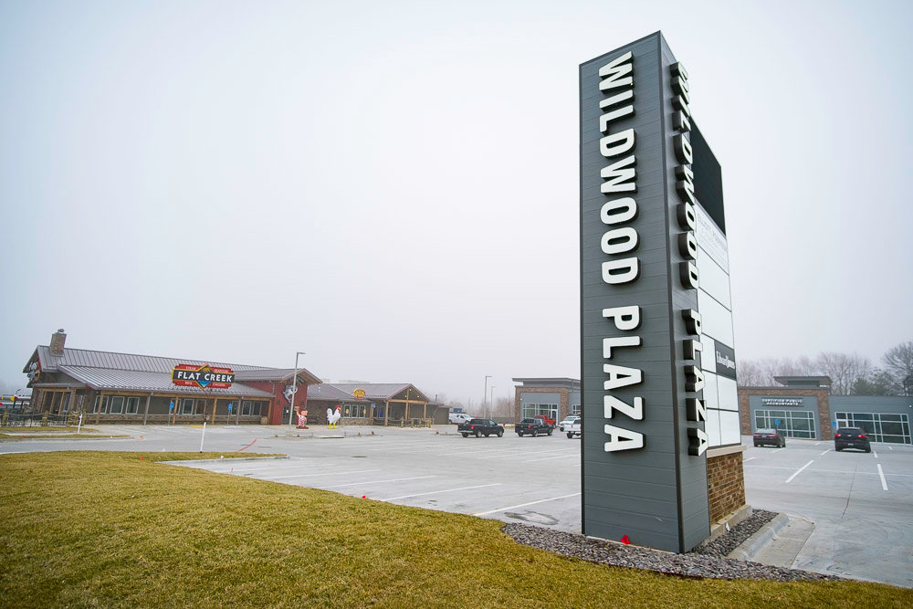 Other tenants signed on for Wildwood Plaza include Elliott, Robinson & Co. and Edward Jones.