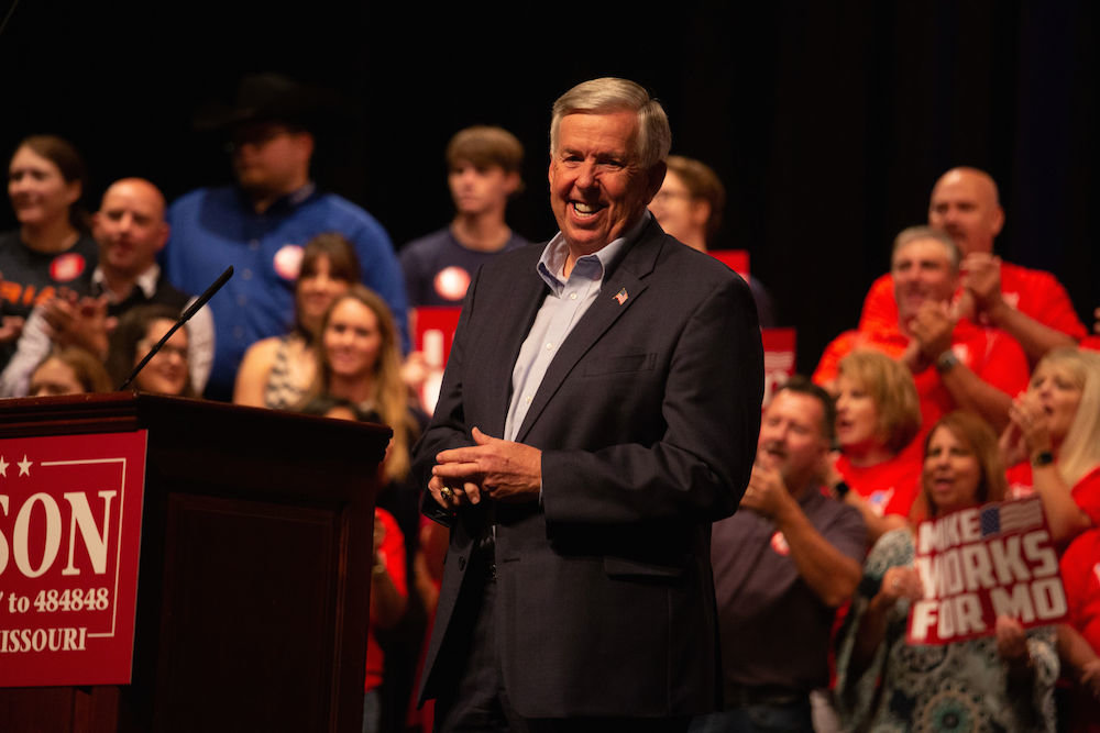 Gov. Mike Parson announces his gubernatorial bid at Bolivar High School, pointing to a strong Missouri economy.