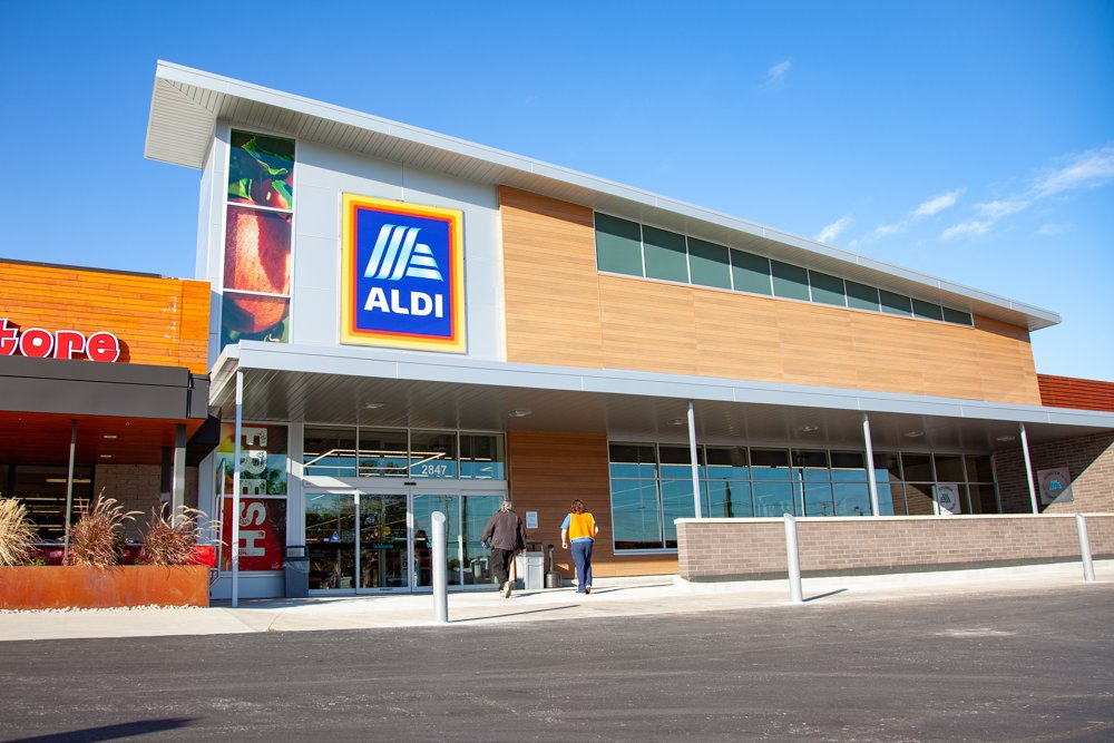 Aldi's third Springfield store is open for business.