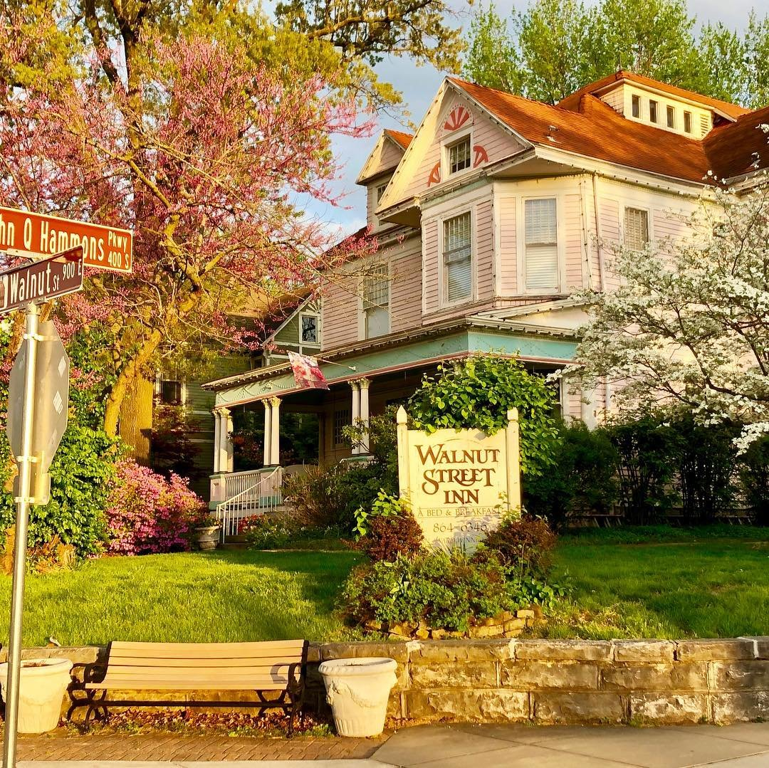 Walnut Street Inn is located in a century-old property at Walnut Street and John Q. Hammons Parkway.