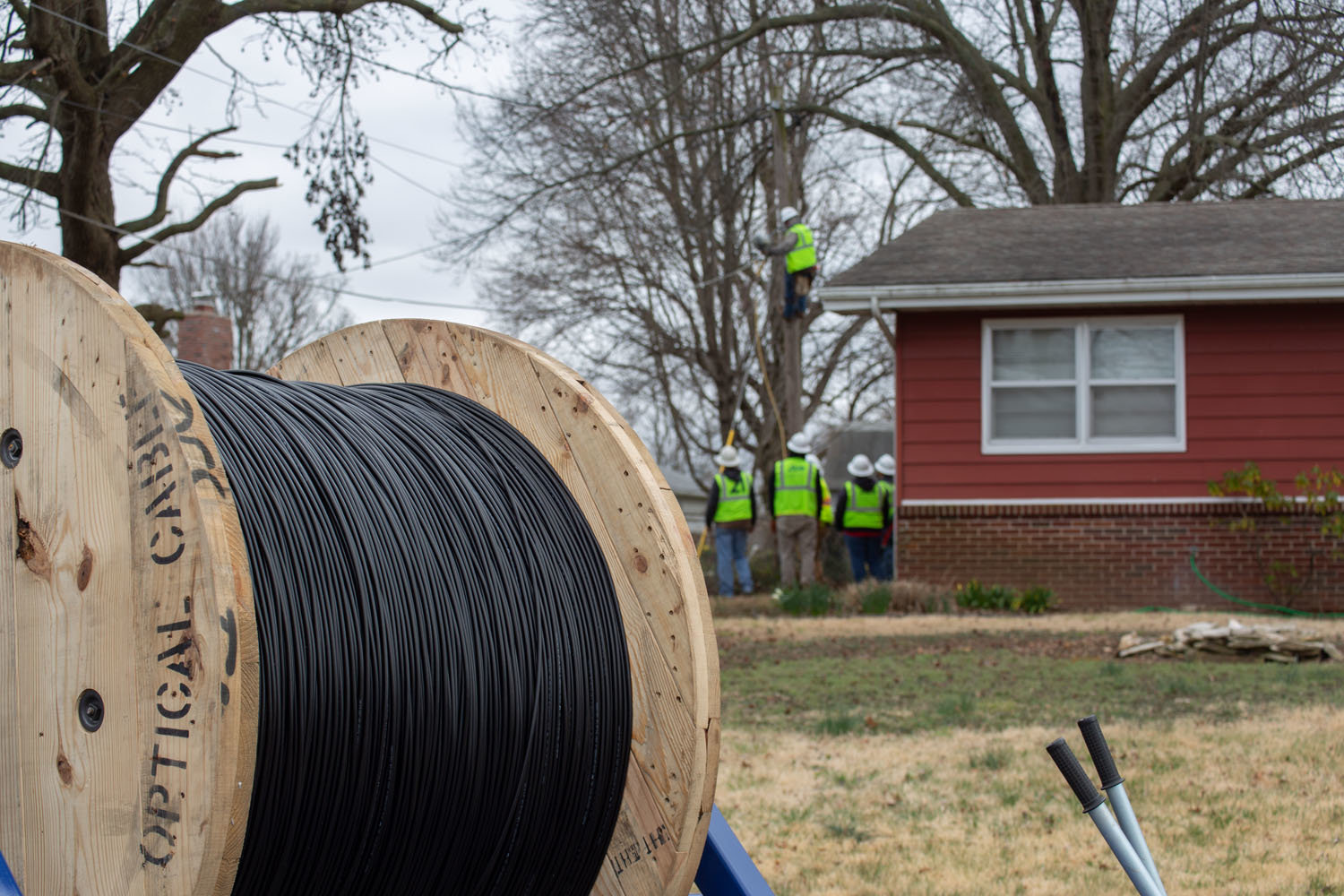More than 1,100 new miles of fiber-optic lines are in the process of being installed throughout Springfield.