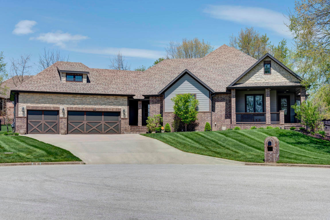 908 S. Cobble Creek Court