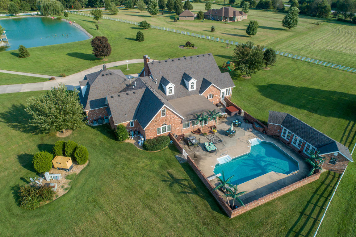 4143 N. Farm Road 115