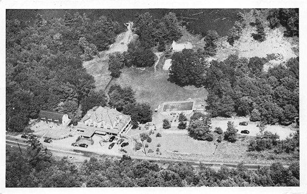 An aerial view of the Hillside Inn in Narrowsburg circa 1950.