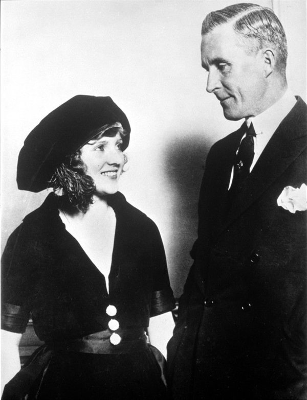 Teenage actress Mary Miles Minter and director William Desmond Taylor.