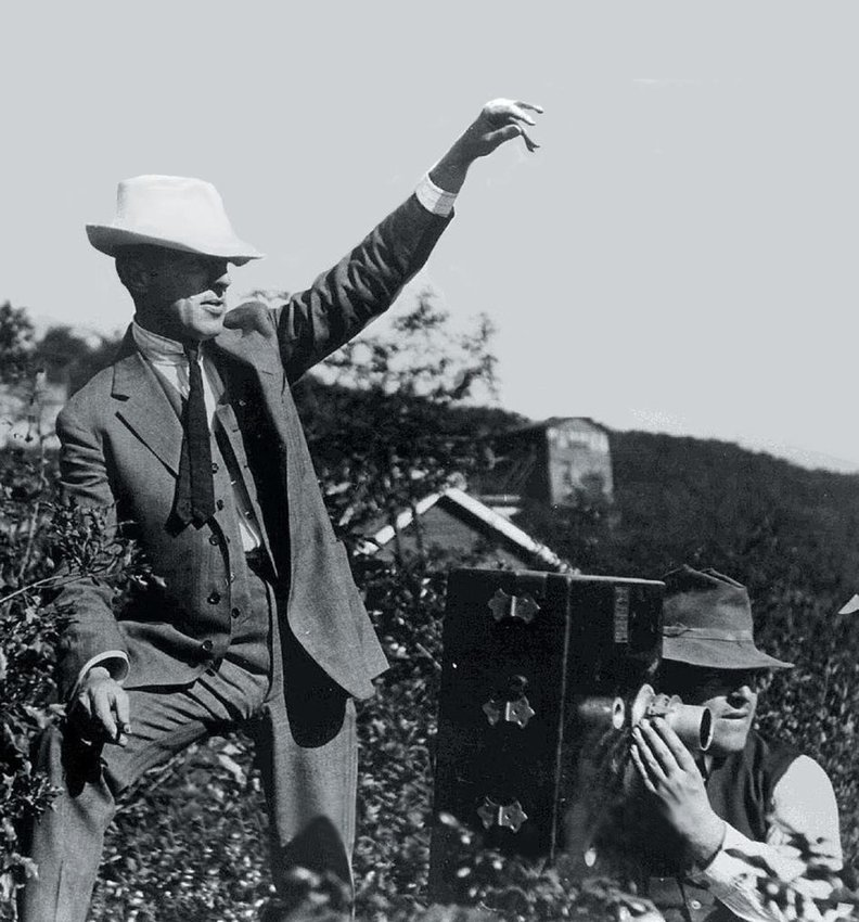 """Director D.W. Griffith and cameraman Billy Bitzer on location in Cuddebackville where they discovered """"the light"""