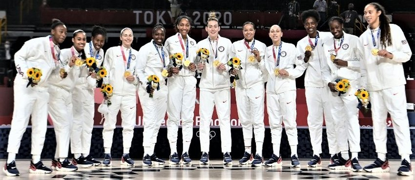 The United States Women's basketball team, winners of the Olympic Gold.