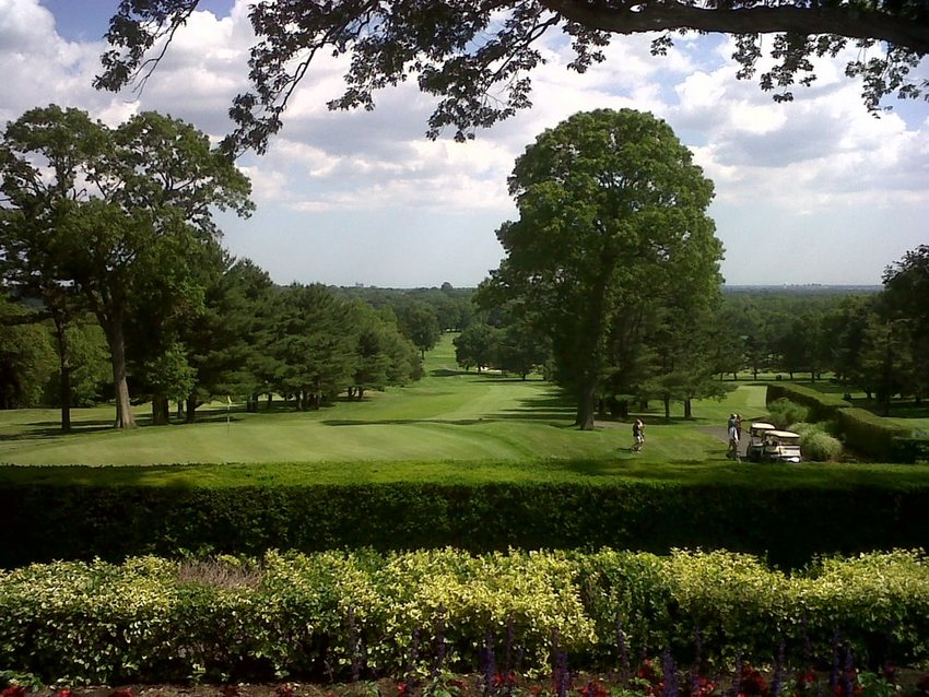 The Old Westbury Golf & Country Club welcomes this years Metropolitan Golf  Association Open Senior Championship Aug. 30-31.