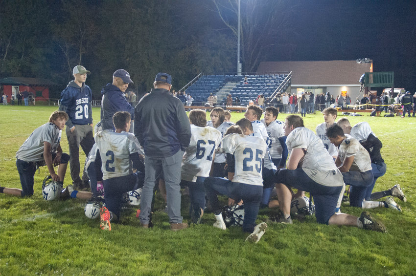 After defeating Fallsburg 22-3, Roscoe has sped out to an undefeated 2-0 division record as they prepare to host the Tri-Valley Bears tomorrow.
