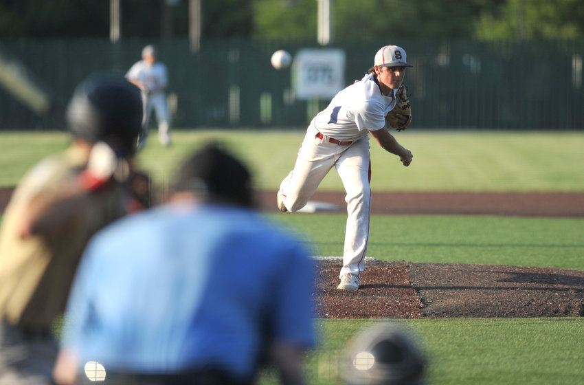 Sedalia Travelers relief pitcher Isaac Nieters delivers a pitch Saturday during a 13-3 loss to Post 626 Herrick Memorial Gladstone at Liberty Park Stadium in Sedalia.