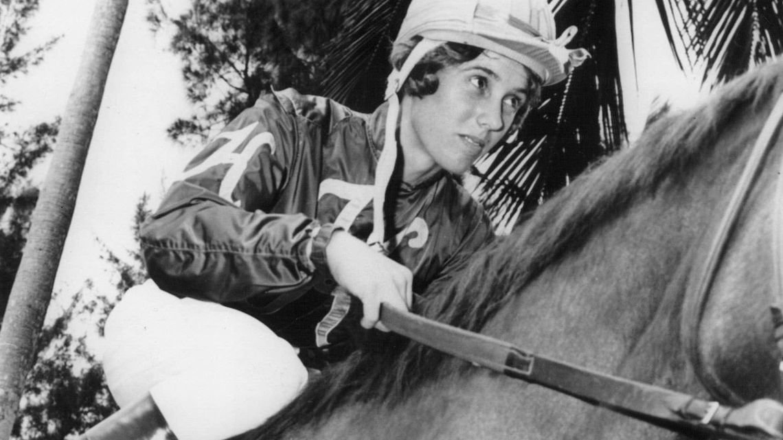Diane Crump, the first female professional jockey (1969) and first woman to ride in the Kentucky Derby (1970). The pioneer rider shattered the glass ceiling for women on the horse racing saddle.